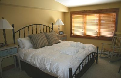 Master suite has 5 piece bath with jetted tub, TV/DVD and walk-in closet