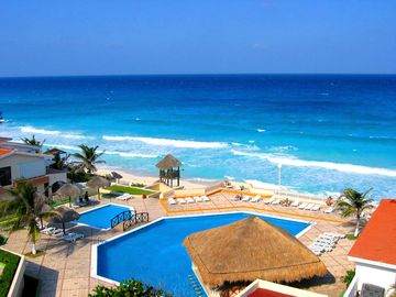 Cancun condo rental - Condos pools and beach