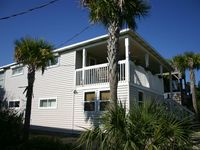Gulf View Family Home--Newly Renovated for 2016, Minute to Beach Large Pool, Spa
