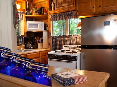 Camden cabin rental - Amazing - Even the kitchen is cozy. . .
