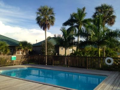 The pool at Club Everglades on our Island.