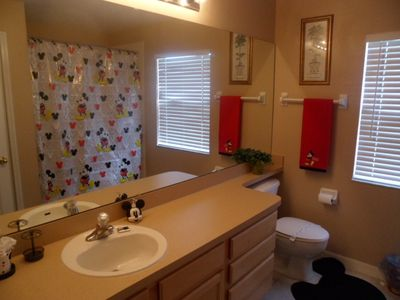Highlands Reserve house rental - Mickey Mouse Family Bathroom