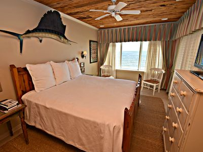 Marlin Key 2F - Check out the amazing views and enjoy less crowded beaches!