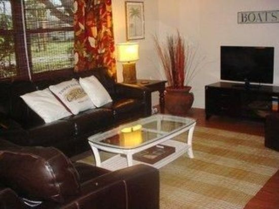 3br 2ba cozy home 8 miles away from plages floride sud ouest abritel. Black Bedroom Furniture Sets. Home Design Ideas