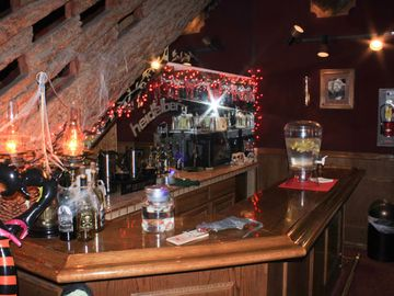 'Bar/Lounge Area at The Heidelberg Inn