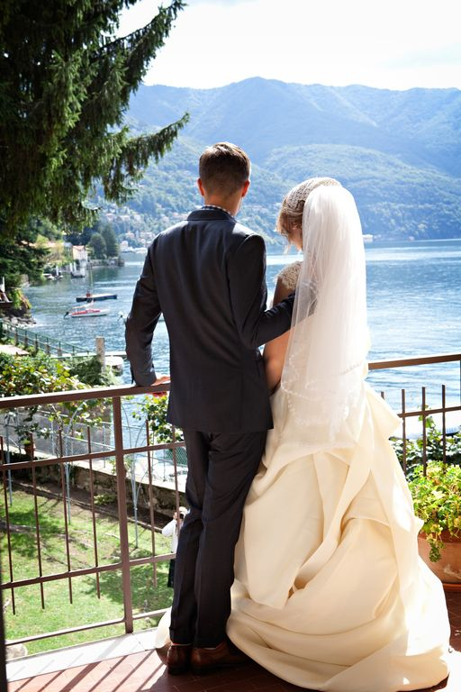 Spectacular Lake Como Beach Resort Wedding