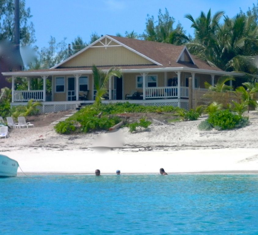 Best location-Tar Bay! KAYAKS included,... - HomeAway Great Exuma