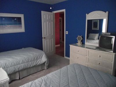 3rd Bedroom has 2 Twin Beds, Partial Gulf view and TV with DVD player