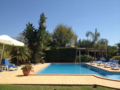 One Bedroom Apartment/Swimming Pool/15 minutes to beach - Carob Villa/Cottage