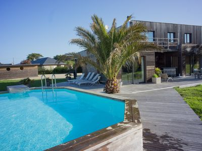Wooden villa with private pool by the sea near Perros Guirec