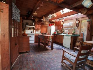 Londonderry farmhouse photo - Country Kitchen