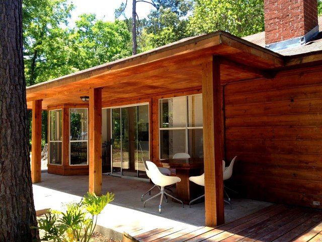 Spectacular views hot tub fishing and room vrbo for Cabins near lake livingston