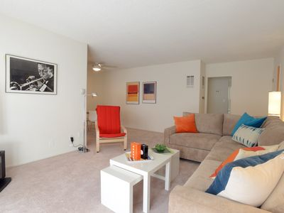 1 Bedroom Apartment within one mile from the Beverly Center and Cedars Sinai