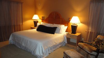 Gulf Shores bungalow rental - Master King Bed with all new furnishings and 600 count Egyptian Cotton Sheets!!!