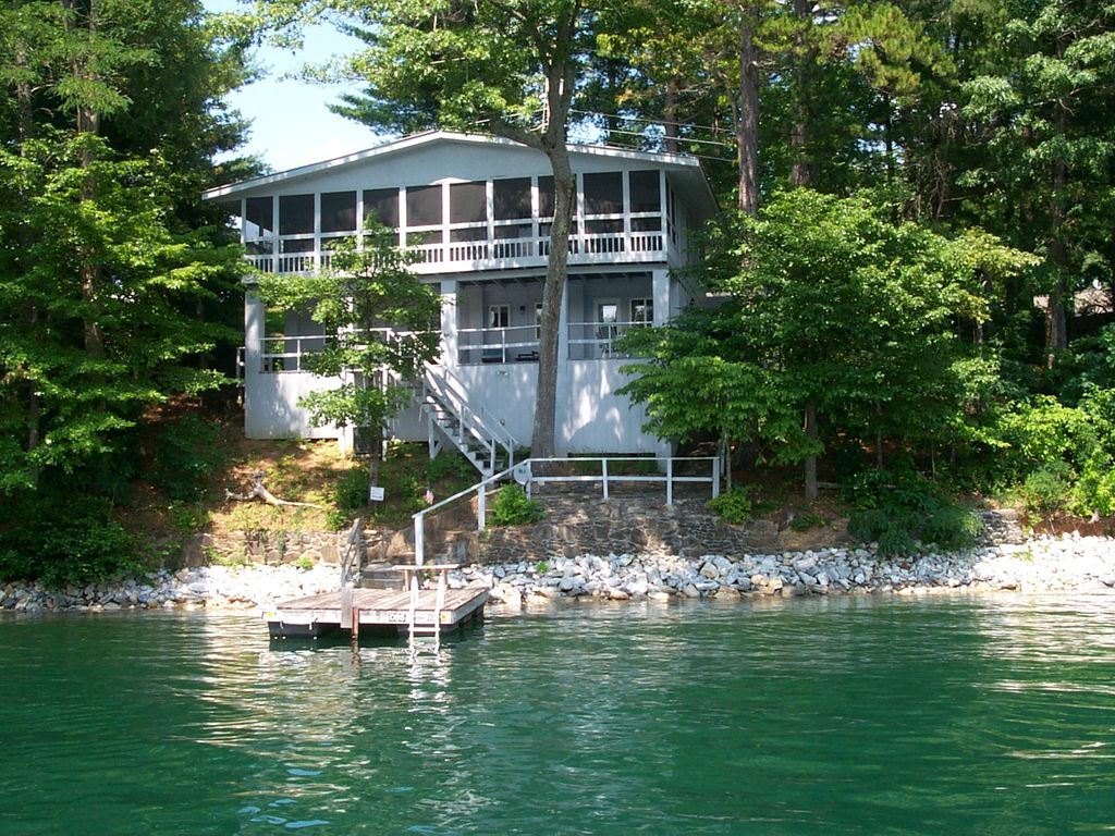 Lakefront Cottage On Lake Santeetlah Vrbo