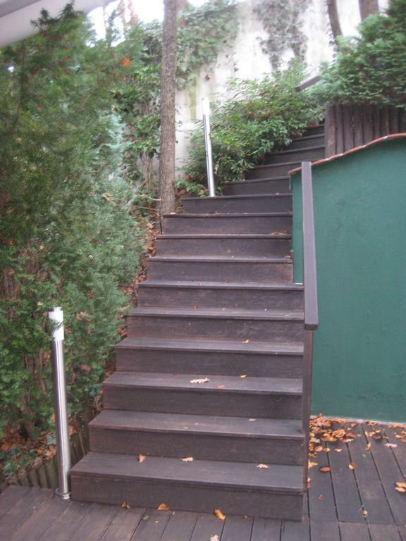 stairs to Gereben street