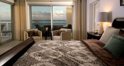 Master Bedroom 'Suite with Balcony and Views