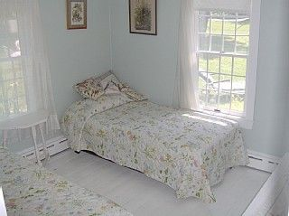 Yarmouth townhome photo - Downstairs bedroom