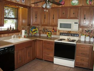Kingsland house photo - Full size beautifully appointed kitchen with every cooking amenity!