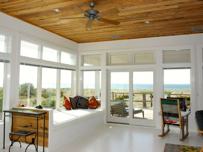 Sun-Filled 4-BR Home, amidst Dunes, Beach, Waterfront and Spectacular Sunsets