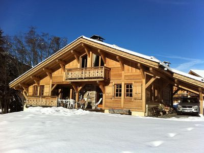 Apartment in chalet south facing slopes at 300m