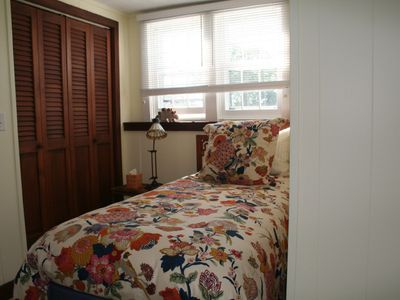 Woodstock house rental - 2nd small bedroom