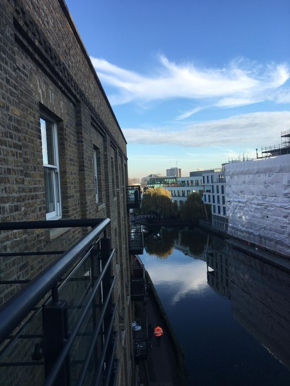 SUN DRENCHED Apt on Camden Canal