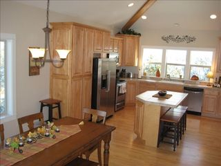 Eagle Crest house photo - Our kitchen and dining area.