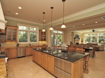 Spectacular Kitchen