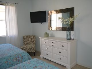 Palm Beach Gardens condo photo - Guest Bedroom (2 queen beds)