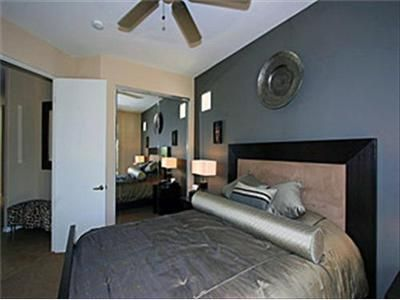 Palm Springs house rental - Another View of Guest Bedroom