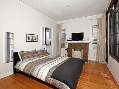 Clean & Completely Furnished Studio w/Queen Bed & Nice Views!