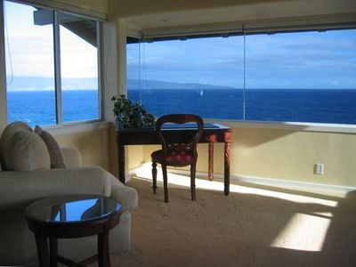 Spacious Master Bedroom Sitting Area with Ocean View to Molokai