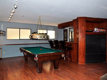 Basement game room and wet bar