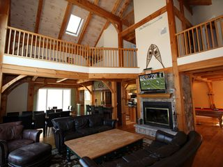 Tannersville house photo - Stunning Living Room with Catherdral Ceilings
