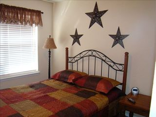 Bedroom #4, Queen bed. - San Antonio house vacation rental photo
