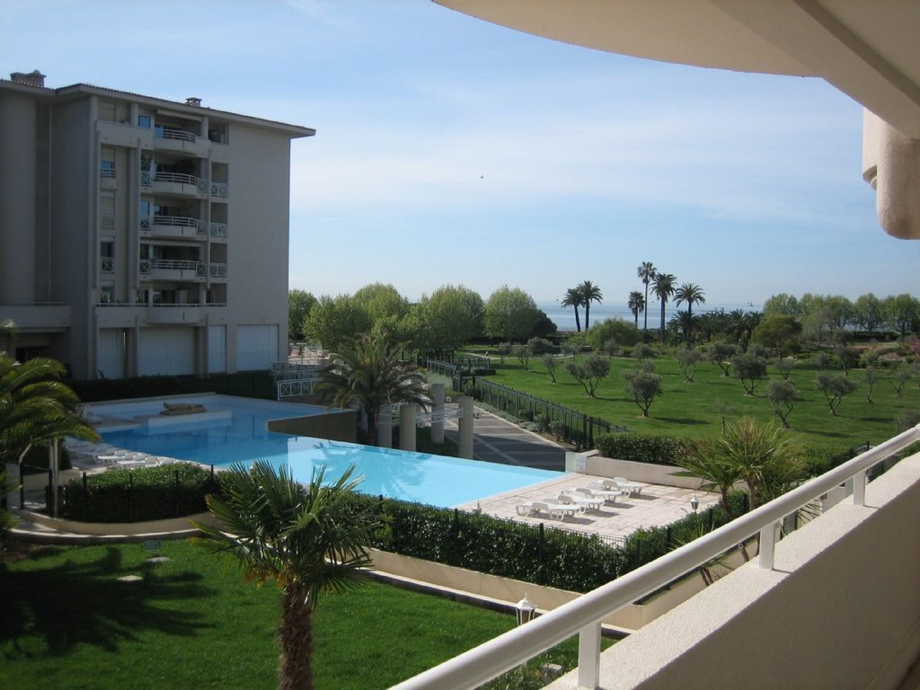 Apartment 31 square meters, close to the sea