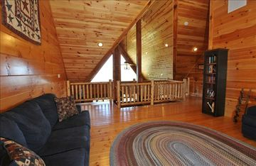 Upper level loft with 2 queen sleeper sofas - Luray Log Cabin Rental APE#1