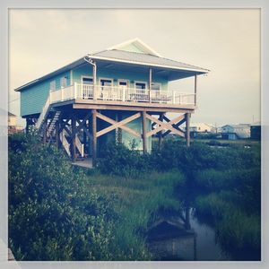 4br cabin vacation rental in grand isle louisiana 259219 for Fishing camps for rent in louisiana