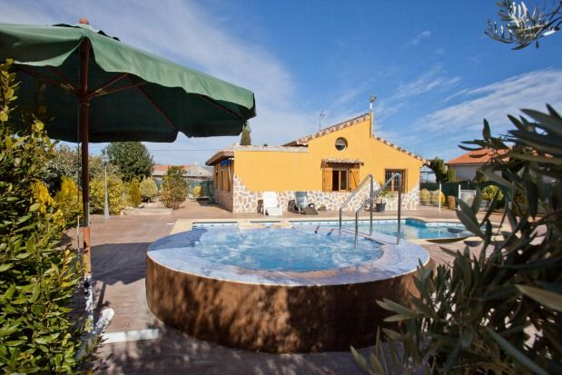 Casa Rural El Chaparral for 10 people