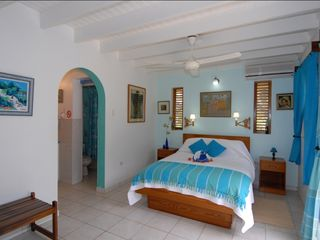 Silver Sands Jamaica villa photo - Bedroom # 3 (sleeps 2 persons)(bathroom left arch)