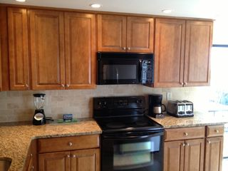 Sanibel Island condo photo - Newly remodeled, fully equipped kitchen!
