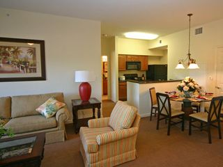 Lake Buena Vista condo photo - Spacious living room, and dining room overlooking the kitchen.