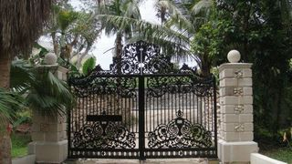 Nassau & Paradise Island cottage photo - Private electric gates to private property