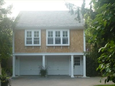 639 Seagrove Ave.,the Carriage House's Pied a Terre