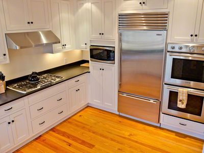 Kitchen Is Well-Equipped With Granite Countertops & Stainless Commerical Appliances