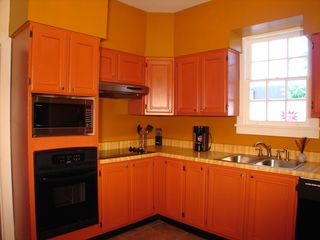 New Orleans house photo - Kitchen (oven, microwave oven)