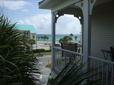 Emerald Gulf Balcony View! King Size Bed!