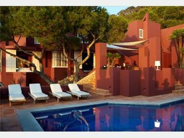 deluxe villa 10 people ibiza