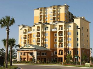 Lake Buena Vista condo photo - Main building, front desk, and spa.